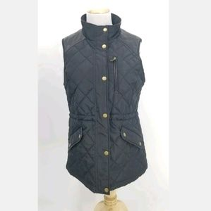 41 Hawthorn M Rayna Black Quilted Puffer Vest